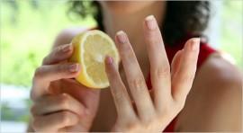 Уход за ногтями с помощью лимона